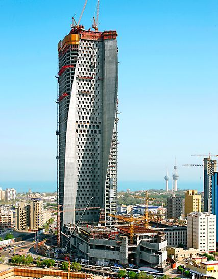 Al Hamra Tower, Kuwait City, Kuwait - The 412 m high Al Hamra Tower was the new landmark on the Persian Gulf. With help of PERI work solution, a very distinctive structure was created with an extremely unusual form.
