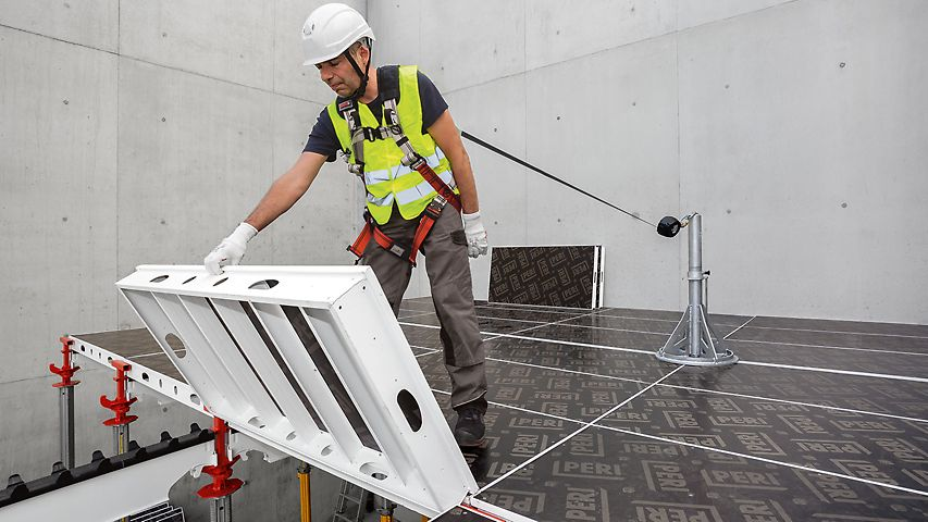 The mobile SKY Anchor attachment point facilitates safe shuttering operations from above whilst using PPE.