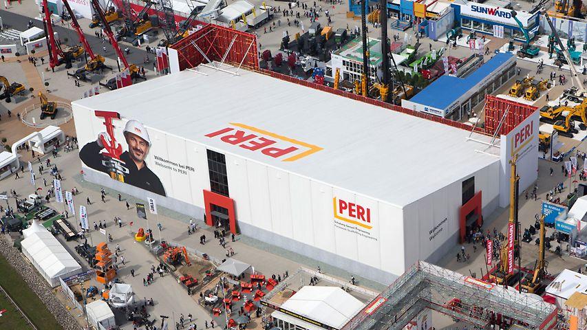 In der PERI Messehalle können sich die über 500.000 Messebesucher über die Neuheiten von PERI informieren