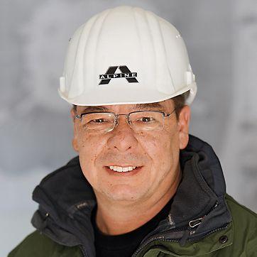 Peter Rozumnyj, stavbyvedoucí hrubé stavby