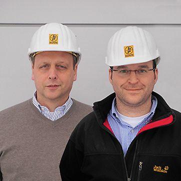 Rüdiger Heuchert und Thorsten Balder, Oberbauleiter und Projektleiter von ARGE Neubau 2. Schleuse Fankel