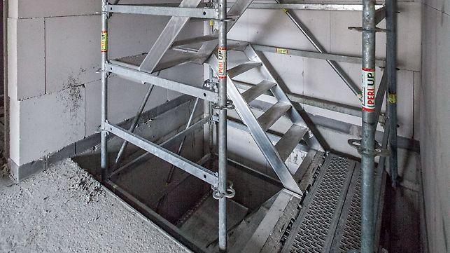 Bau- und Ausbautreppen für Treppenlöcher