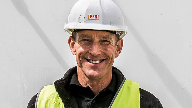 Adrian Corrigall, Bauherr und Entwickler