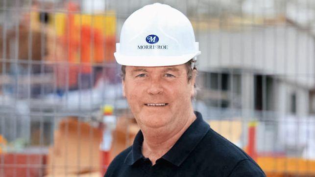 Portret Tony Henry, menadžer projekta, A J Morrisroe & Sons Ltd., Borehamwood/London