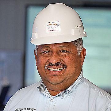Salvador Sánchez Núñez, vedoucí stavby