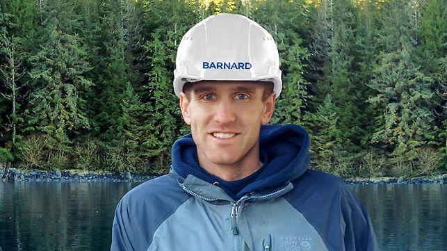 Porträt von Shawn Perrin, Bauleiter bei Barnard Construction, Bozeman