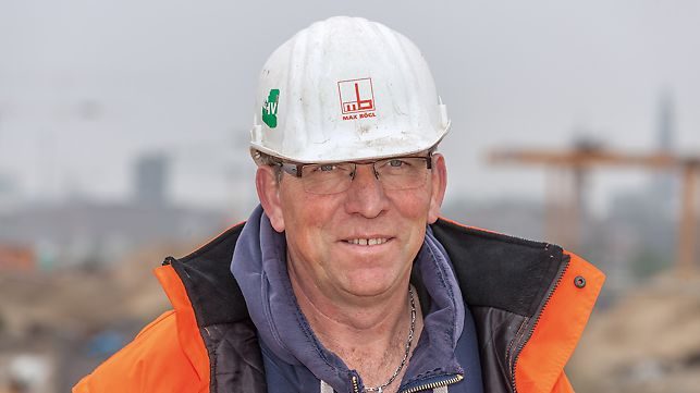 Portrait of Norbert Klopf, foreman at  Max Bögl, Ing.-Bau Hamburg