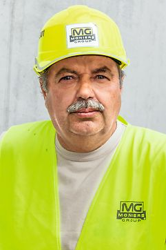 Anton Ladňák, stavbyvedúci