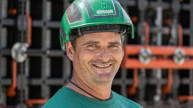 Porträt von Johann Fischer, Vorarbeiter bei Rudolf Hörmann GmbH & Co. KG, Buchloe