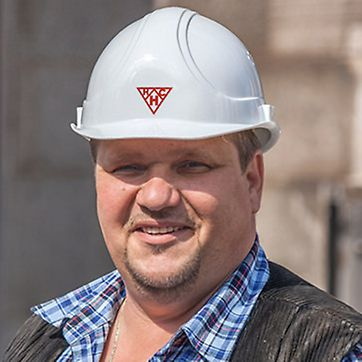 Portrait of Andreas Brey, site foreman at HC Hagemann GmbH Co. KG, Hamburg
