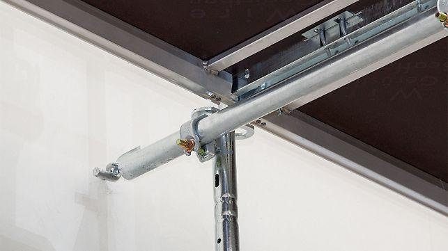 Złącze zakotwienia PERI UP Easy wkłada się w podłużny otwór ramy Easy lub wspornika i zabezpiecza poprzez obrót o 90°.