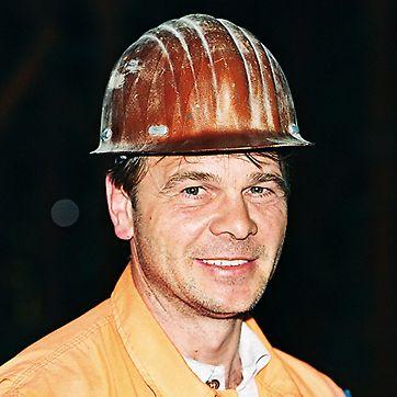 Progetti PERI - Albin Matschek, capocantiere del tunnel Lötschberg, Svizzera