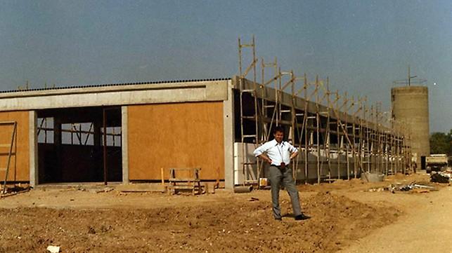 Hala de producție a fost construită pe o suprafață de 6,000 m² în Weissenhorn.