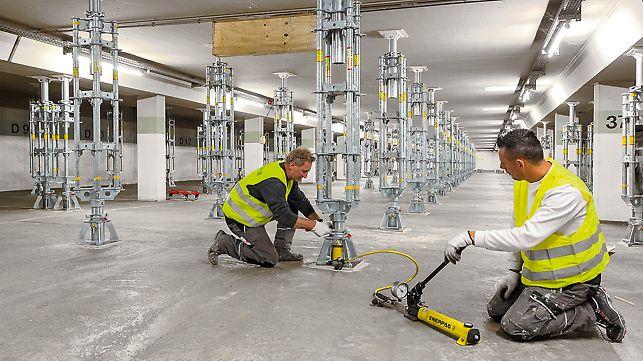 PERI UP Schwerlaststützen werden den Anforderungen entsprechend aus PERI UP Vertikalstielen in passender Länge und leichten Systembauteilen zusammengestellt. Einfacher Transport und Aufbau, hohe Tragfähigkeit bis 200 kN zeichnen sie aus.