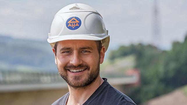 Portrait von Alexander Ehrlich, Bauleiter von Adam Hörnig Baugesellschaft mbH & Co. KG, NL Thüringen