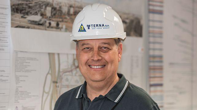 Michalis Papafilippou, Bauleiter über die PERI Systeme und die Kooperation mit den PERI Ingenieuren.