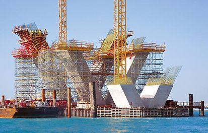 Costruzione del ponte Sheikh Khalifa con PERI VARIO GT 24