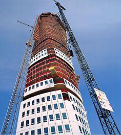 Grattacielo Turning Torso, realizzato con complessa soluzione elaborata dagli ingegneri PERI