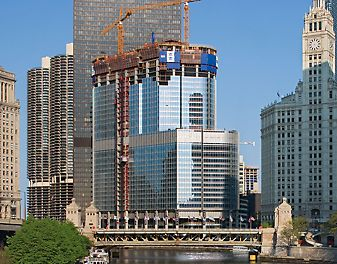 Trump International Hotel & Tower, Chicago, USA - With a height of 415 m, the Trump International Hotel and Tower on the Chicago River is a very impressive skyscraper.