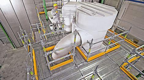 Mit dem flexiblen Modulgerüst PERI UP Flex startete PERI die Aktivitäten für Gerüstanwendungen in der Industrie.