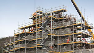 PERI provides a range of formwork and scaffolding products to the new Forth Bridge crossing