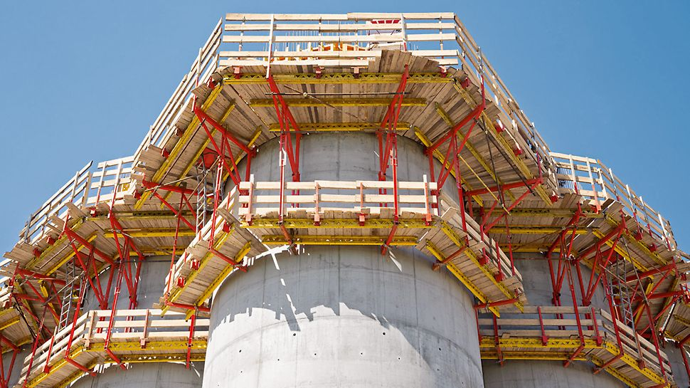 Climbing formwork solution with CB Climbing Platforms and dimensionally-accurate rounded VARIO GT 24 Wall Formwork.