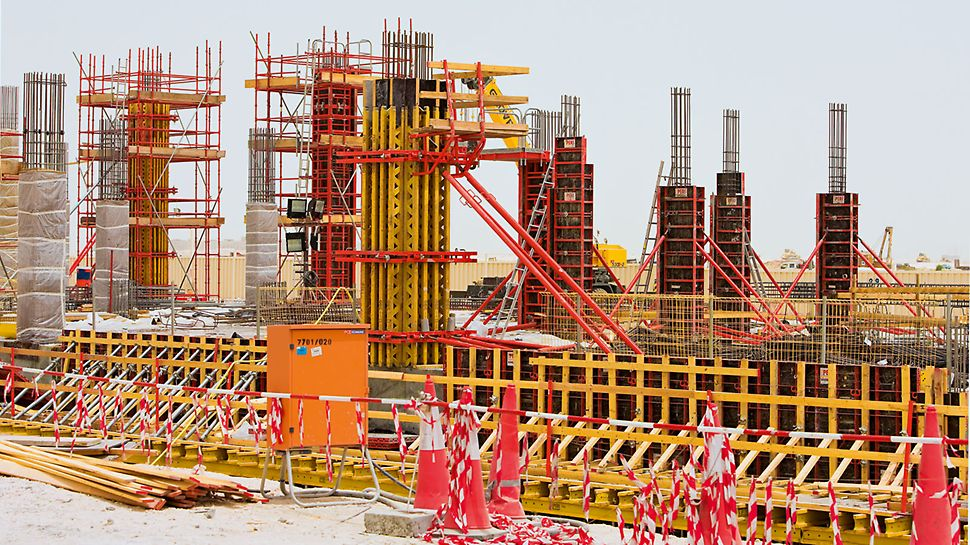175 column formwork sets made of TRIO, VARIO and LICO.