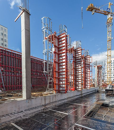 "PERI MAXIMO wall and QUATTRO column formwork used at the jobsite MK 4 ""Friends"", ""Stadtquartier am Hirschgarten"", Munich"