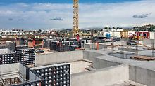 Due to the low weight and the particularly easy handling of the universal DUO Lightweight Formwork, foundations could be quickly formed without requiring a crane.