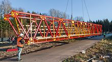 Complete girder packages and towers can be manually pre-assembled which considerable reduces crane time.