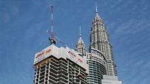 When finished, the 77-storey high-rise building will have a total height of 324.50 m.