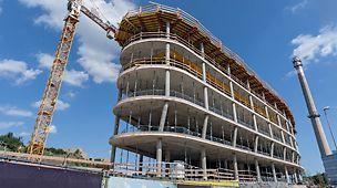 Administrativní a kancelářská budova Dynamica, Praha Energeticky úsporná budova je součástí projektu Waltrovka a navazuje na již úspěšně dokončenou budovu Aviatika.