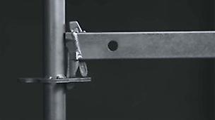 Rygle PERI UP są zakończone klinem, który zaczepia się w rozecie.