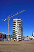 Berliininpiha valmistui arkkitehtikilpailun voittaneen suunnitelman mukaisesti.