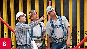 Einweisung des Baustellenpersonals durch professionelle PERI Richtmeister