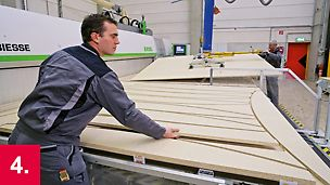 Vorfertigung von Knaggen auf der CNC Maschine.