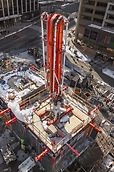 Especially for use in high-rise building cores with medium to large dimensions, PERI has developed a core self-climbing formwork with a very high load-bearing capacity, all-round safety features and a continuous climbing procedure.