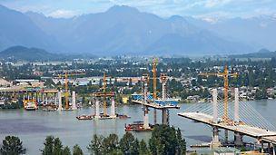 Golden Ears Bridge, Vancouver, Kanada - gotovo jedan kilometar dugačak ovješeni most preko rijeke Fraser ključna je sastavnica 13-kilometarskog projekta autoceste.