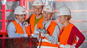 Képzések a PERI-nél az iparág egyes témáiban: szemináriumok, coaching, workshop, stb.