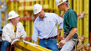 För PERI innebär teknik och konstruktion inte bara produktutveckling och teknisk planering. Teknik och konstruktion står framför allt för detaljerad granskning och optimering av integrerade processer inom form- och byggnadsställningar.