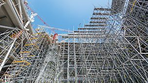 Palazzo Italia, Expo 2015, Miláno, Itálie: Italský Expo pavilon byl architektonicky velmi náročný a musel být realizován za velmi krátkou dobu.