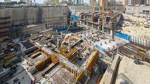 Stanice metra Msheireb, Dauhá: Stanice metra Msheireb v centru Dauhá je velmi významným stěžejním bodem vysoce moderního systému metra. Stavba s délkou cca 200 m a šířkou 180 m s hloubkou až 40 m bude mít čtyři hlavní úrovně.