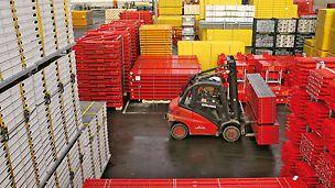 Flächendeckende Logistikstandorte sichern Lieferbereitschaft.