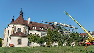 Rekonstrukce střechy kláštera, Uherský Brod