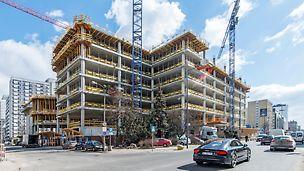 Mennica Legacy Tower - Budynek West. Specjalnie zaprojektowane stoły stropowe na wymiar pozwalają na wyjątkowo ekonomiczne zadeskowanie dużych powierzchni. Fot. arch. Golub Gethouse sp. z o.o.