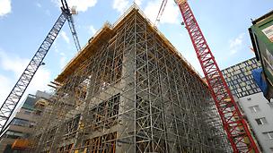 Beim Bau sorgte die umfassende PERI Schalungs- und Gerüstlösung für Sicherheit und Effizienz.