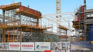 Centrum Handlowe Janki - przykład deskowania belek obwodowych z wykorzystaniem wież podporowych Multiprop z ramkami MRK - fotografia