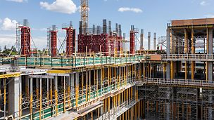 A total of 14 different, perfectly coordinated PERI system solutions are in use at the construction site of the Calgary Cancer Centre, providing support to the construction workers on site.