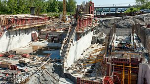 Vodné dielo Trenčianske Biskupice II, Trenčianske Biskupice, Slovensko - Projekt pozostáva z objektu trojpólovej hate a budovy malej vodnej elektrárne, ktorá je osadená na ľavostranné zaviazanie. Medzi telesom hate a budovou elektrárne je umiestnený štetinový rybovod pozostávajúci z troch ramien.