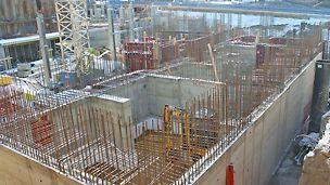 Luminaryn 21-kerroksisen asuintornin paikallavalutyöt olivat lopputalvesta 2017 edenneet jo maan pinnalle.